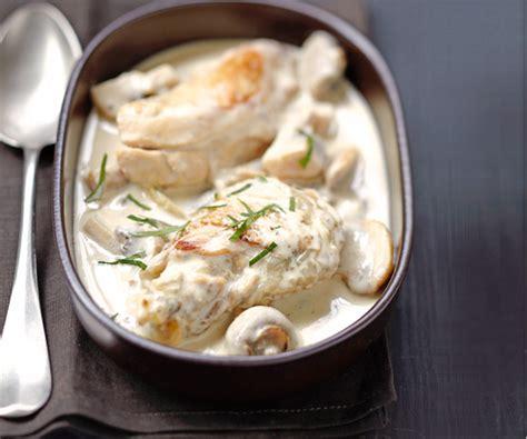 comment cuisiner du blanc de poulet recette de plat poulet de bresse à la crème façon mère blanc