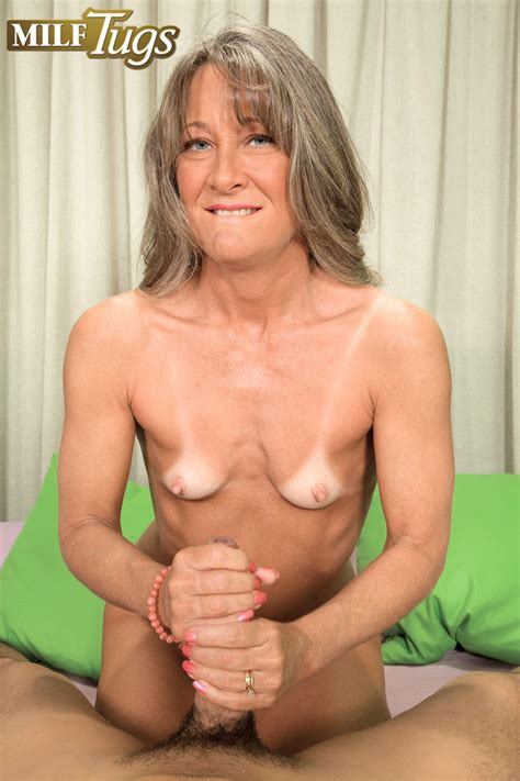 Busty Mom Sex Gallery Image 130468