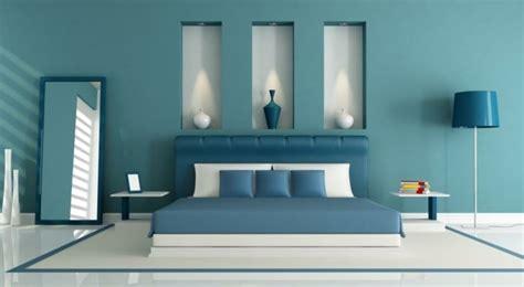 decoration de chambre de nuit 1001 idées pour une chambre bleu canard pétrole et paon