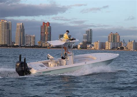 Bay Boats With Front Seating by 25 Bay Fishing Boat Born In Biscayne Bay Contender Boats