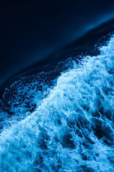 small wave photo  tim marshall