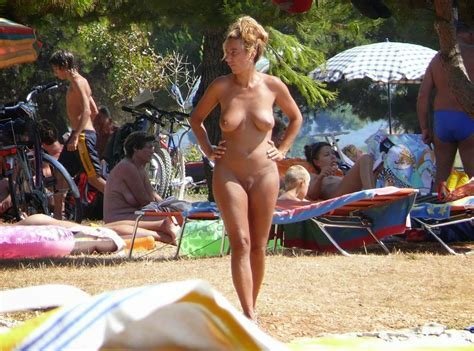 Nudism Photo Hq Nude Beaches And Resorts In Bulgaria