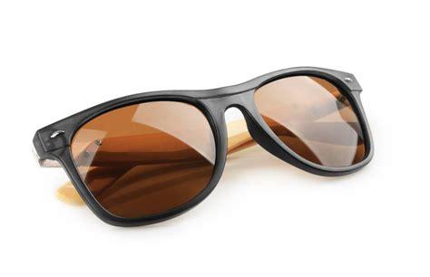 blue light blocking sunglasses block blue light and sleep better tonight safebee