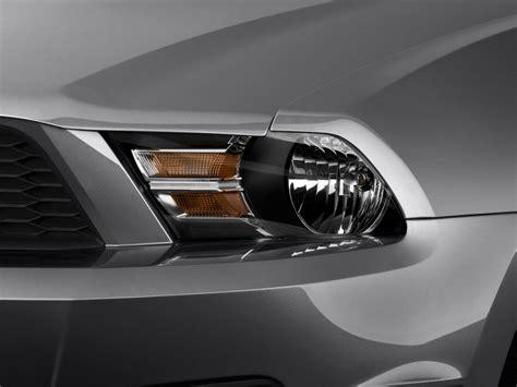 image 2010 ford mustang 2 door convertible headlight