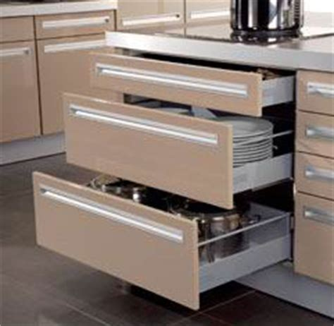 how to fix kitchen cabinet drawers kitchen drawer runners 8653