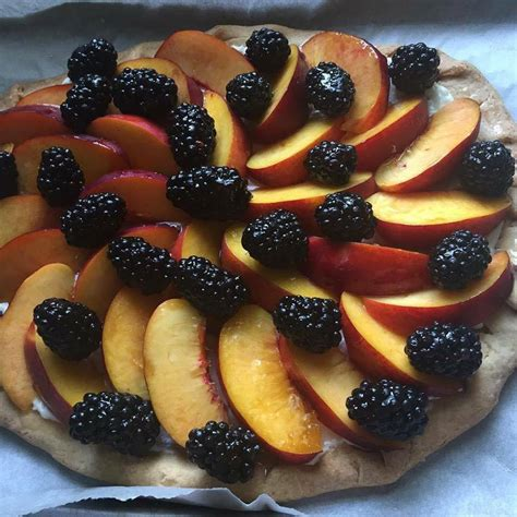 Top with a generous spoonful of the fruit mixture. Phyllo Dough Recipes With Fruit : Phyllo Cups With Fruit 15 Minute Recipe Favorite Family ...