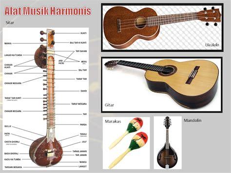 Beberapa contoh alat musik ini misalnya drum, marakas, simbol, tamborin, timpani, triangle, konga, timpani, kastanyet, rebana, tifa. Pengertian Ansambel Campuran, Alat Musik Ritmis ...