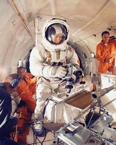 Chilling Words Of Four NASA Astronauts Who Believe Aliens ...