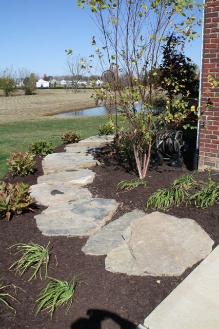 fieldstone walkway 1000 images about landscaping ideas on pinterest walkways white fence and stone landscaping