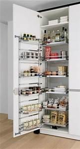 Armoire Rangement Cuisine : 1000 ideas about armoire de cuisine on pinterest armoires plan de travail and deco cuisine ~ Teatrodelosmanantiales.com Idées de Décoration