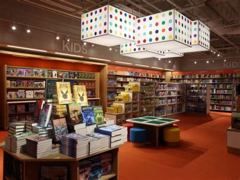 Vernon Barnes And Noble by Barnes Noble Opening 5 Things To