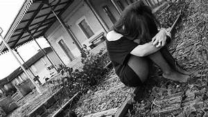 Alone Sad Girl Wallpapers | Download Free High Definition ...