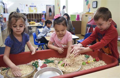 program mixes general education preschoolers students 221 | 1000622788 10 09 Blended prescho 02