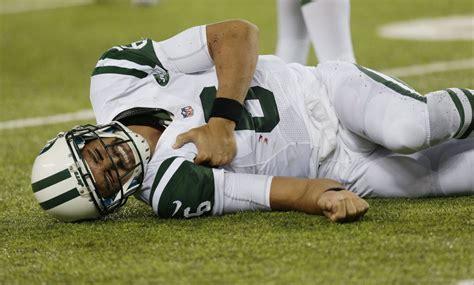 Mark Sanchez leaves New York Jets' preseason game against ...