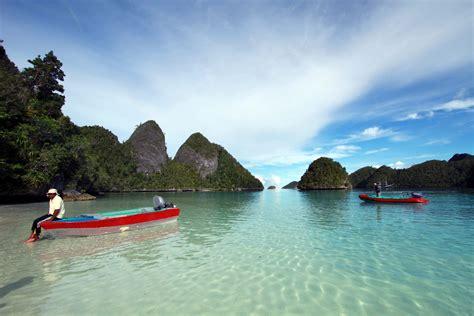 all about indonesia raya wayag island best island from raja at