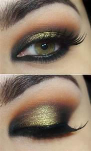 How to Do a Smokey Eye Makeup for Green Eyes  StyleWile