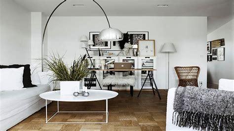 un bureau dans le salon déco bureau idées aménagement et couleurs déco cool