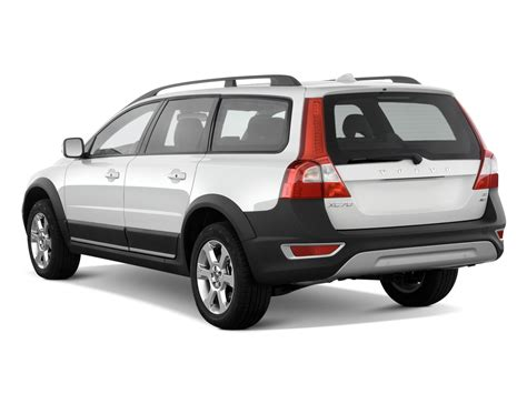 2010 Volvo Xc70 by 2010 Volvo Xc70 Reviews And Rating Motor Trend