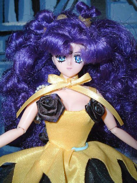 human luna volks doll