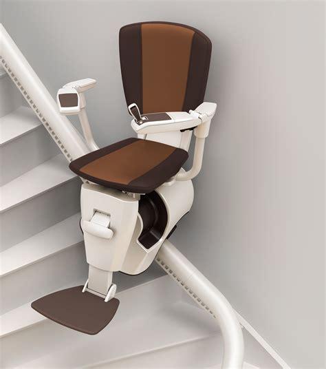 specialiste de la chaise vous cherchez une chaise monte escalier avec revêtement