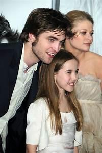 Emilie De Ravin and Robert Pattinson Photos Photos ...
