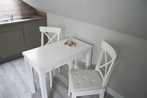 Esstisch Kleine Küche : kleine ferienwohnung an der nordsee strandgut apartment ~ Lizthompson.info Haus und Dekorationen
