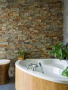 les plaquettes de parement donnent du style a la salle de With salle de bain avec pierre de parement