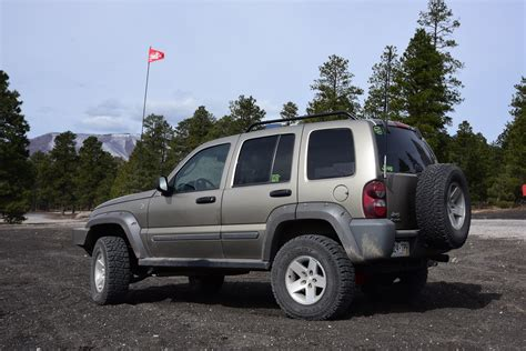 Introduced for the 2008 model year as a successor for the first generation liberty (kj). 2006 Jeep KJ Liberty CRD: The 400 Pound-Foot Diesel Jeep