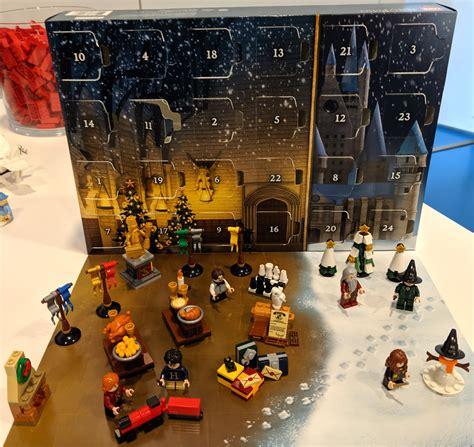 lego adventskalender 2019 lego designer marcos bessa im harry potter jurassic world und quot was gro 223 es