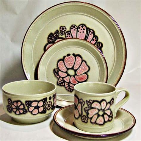 kiln craft dinner plate england staffordshire festival