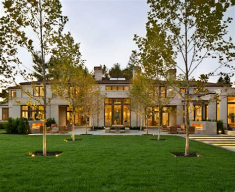paul allens luxurious  mansion  northern california