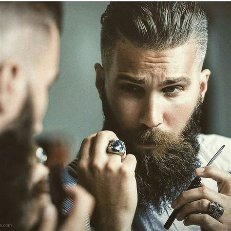 20s Mens Hairstyles by These Are The Best Hairstyles For In Their 20s And 30s