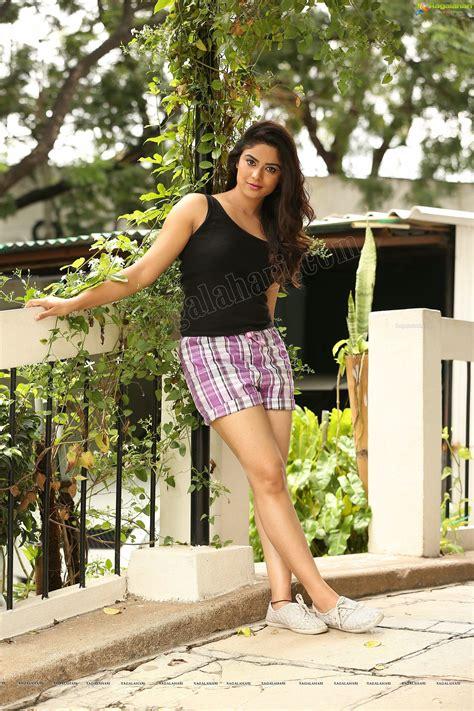 indian hot actress photos exclusive priyanka sharma ragalahari exclusive photo shoot indian