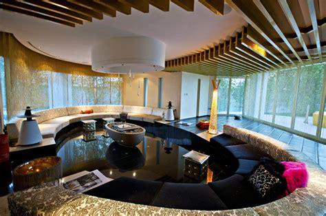 square foot modern mega villa  dubai homes