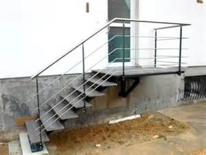Marches Escalier Extérieur by Escalier Ext 233 Rieur Marches En Gr 232 S C 233 Ramique Metal