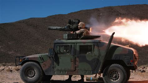 wallpaper humvee hmmwv suv rocket launch soldier