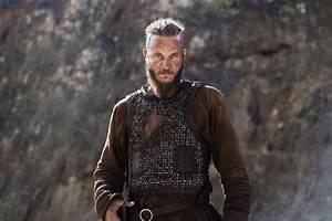 Travis Fimmel Interview: Vikings Season 2 and Playing Ragnar