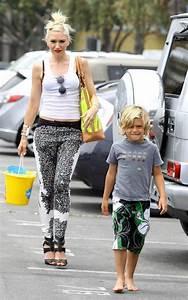 Gwen Stefani in Gwen Stefani Takes Her Kids to a Party ...