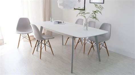 White Dining Table And Chairs by 20 Ideas Of White Extending Dining Tables And Chairs