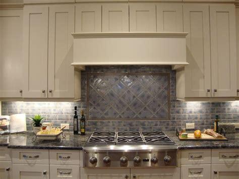 glass backsplash kitchen silver oak kitchen silver oak 1222 model raleigh 4563