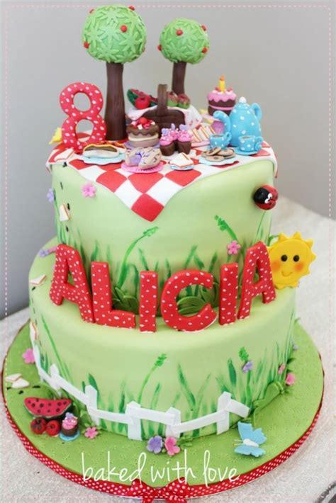 gateau anniversaire pate a sucre adulte gateaux anniversaire pate a sucre fille arts culinaires magiques