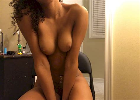 Sexy Thot With Pretty Pussy And Tits ShesFreaky