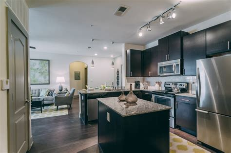 The Summit at Nashville West Luxury Apartment Homes
