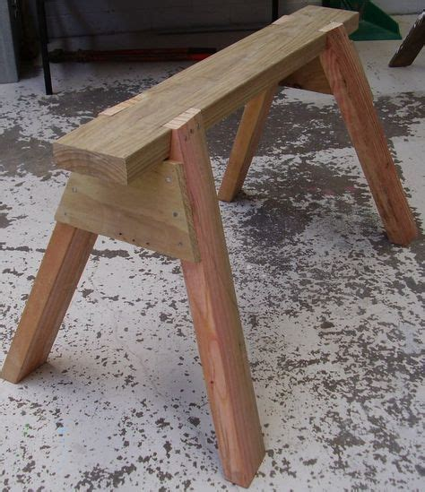 build  sawhorse   woodworking projects diy