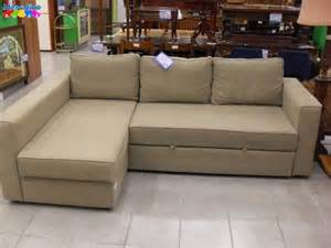 Divano Angolare Ikea