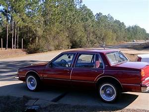 Ddddam 1988 Oldsmobile Delta 88 Specs  Photos