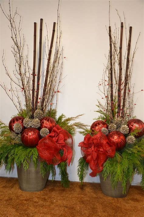 Blumenkübel Weihnachtlich Dekorieren by 1001 Ideen F 252 R Weihnachtsgestecke Zum Basteln