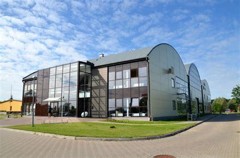 Valmieras Biznesa un inovāciju inkubators: pagaidām viss ...
