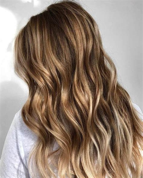 Hairstyles With And Brown Highlights by 50 Best And Flattering Brown Hair With Highlights