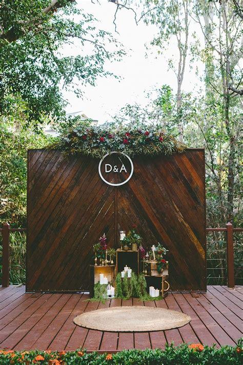 Diy Outdoor Photo Backdrop by Dave S Candlelit Garden Banquet Wedding